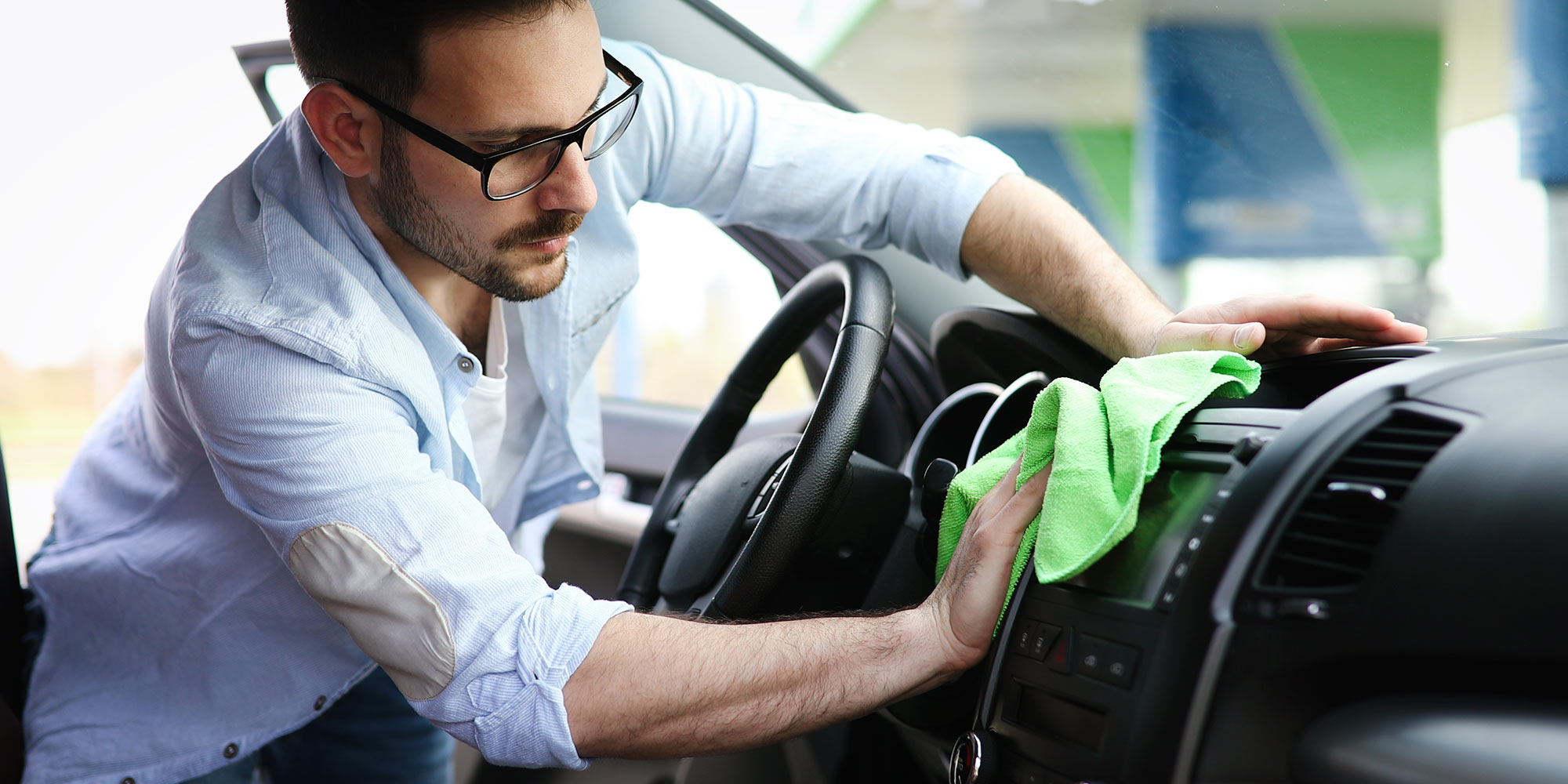 Keep several microfiber cloths underneath the front seat of your vehicle. Use them to dust off the dashboard, radio and steering wheel.
